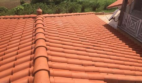 sp cialiste de la r paration toiture 83 toulon artisan falck. Black Bedroom Furniture Sets. Home Design Ideas